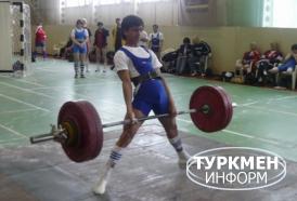 http://www.turkmeninform.com/set/Novosti_v_MIRE/WDFPF/dayanch_desequipped.jpg