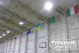 http://www.turkmeninform.com/set/Novosti_v_MIRE/WDFPF/flagi.jpg